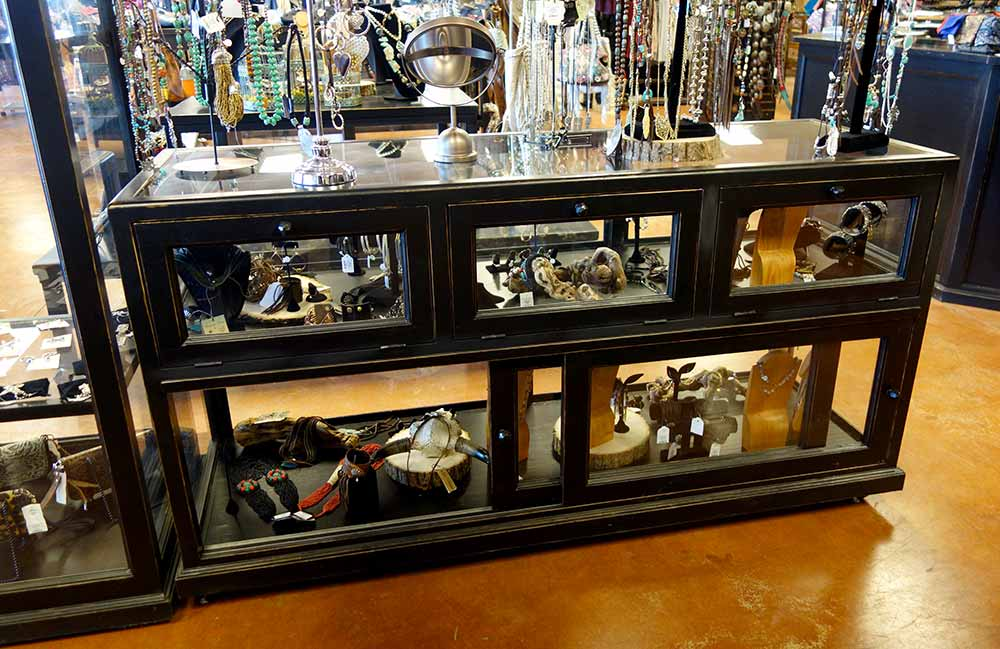 Ranch Rack Victoria Jewelry and Accessories Showcase Cabinet
